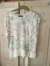 LADIES BRAND NEW CREAM FLORAL SHORTSLEEVE TOP FROM MARKS & SPENCER SIZE 12