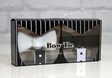 Elegante corbata de moño blanco y negro tapones de botellas conjunto Bowtie
