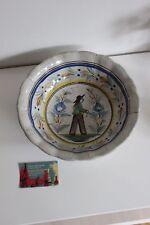 Faience de Henriot HR Quimper 19ième: Ancienne Belle Jatte décor de breton