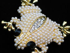 GOLD CREAM PEARL CLIMBING AMPHIBIAN REPTILE TOAD FROG PIN BROOCH JEWELRY 1.75""