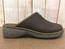 Womens Clarks 32333 Size 8M Brown Leather SlipOn Mule Slides Clogs P5(4)