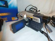 Cámara De Video Sony Handycam Vision CCD-TRV218E PAL Hi8 Video + extras
