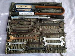 Mercedes Benz tool kit 190 sl ponton w136 w105 220 Adenauer