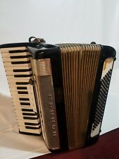 Vintage Hohner lucia lllp.. 96bass made in Germany