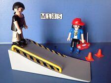 (M185) playmobil rampe de skate et skateurs