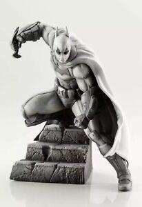 DC Universe BATMAN ARKHAM SERIES 10th ANNIVERSARY Limited Statue Joker Figure