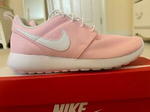 NIB Nike Roshe One Pink 4.5 Y/6 Womens