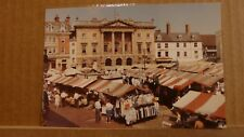 Postcard unposted Nottinghamshire, Newark market & town hall