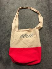 WOMANS AERIE TOTE BAG