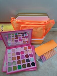 Morphe Jeffree Star Palette & Saweetie Eye Brush Set (6 Brushes) MUA New