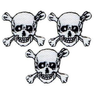 "Mini Skull Crossbones Applique Patch - Skeleton Badge 7/8"" (3-Pack, Iron on)"