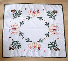 Antike Mitteldecken im Weihnachts-Stil