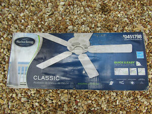Harbor Breeze Classic 52-in Indoor Home Ceiling Fan 5-Blade Revesible in White