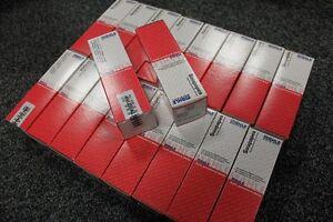 16 soupapes NEUVE  Clio 16S 16V R19 F7P soupape 1.8L
