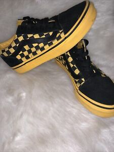 🏁 Vans Yellow / Black 💛Checkered Shoes Boy's Youth Size 2 EUC 🖤