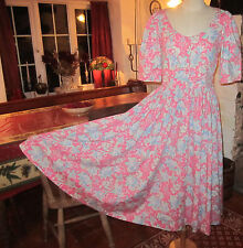 VINTAGE LAURA ASHLEY TEA DRESS. BEAUTIFUL AND IN EXCELLENT CONDITION. SIZE 12.