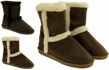 Flat (less than 0.5') Pull On Casual Textile Boots for Women