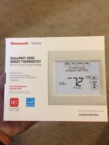 Honeywell VisionPRO Wi-Fi 7-Day Programmable Thermostat (TH8321WF1001) NEW IN BO