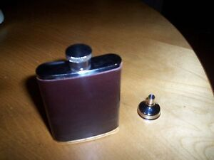 stainless steel hip flask & pourer NEW