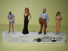 4  FIGURINES 1/43  ASSORTIMENT  A1  VROOM  A  PEINDRE  UNPAINTED  FIGURES  SPARK