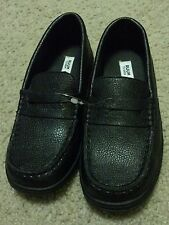 New ruum boys shoes sz 1 black
