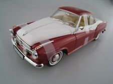 Borgward Isabella Coupe  Sondermodell in rot/weiß  Revell  1:18  OVP