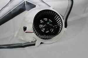 NEW Genuine Mercedes-Benz R171 SLK Heater Blower Motor A1718350104