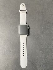 Apple Watch Series 3 38mm Silver Aluminum Case White Sport Band