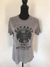 Cool GAP Grey T-shirt With Vinyl Record Logo Statement Symbol XS