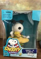 Hasbro 1999 Snoopy ~ World Tour Collection~Snoopy in Florida New in Box