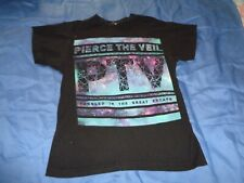 """Pierce the Veil """" Tangled in the Great Escape """" Tee [ X-small ] [ 81 ]"""