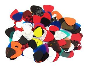 Assorted Guitar Picks ****** 200 Picks *****  351 style  New  Free Shipping