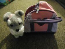 Pucci Pups Pet Carrier avec chien-Rose Peluche Sac à voir à travers Cœur Fenêtre