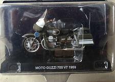 """DIE CAST """" MOTO GUZZI 700 V7 - 1969  """" POLIZIA SCALA 1/24"""