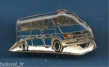 Pin's pin TAXI ANITA STYLE FORD (ref L11)