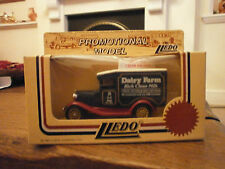 LLEDO 1934 MODEL A FORD publicitaire Van avec Dairy Farm decals