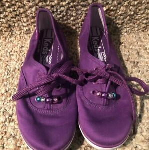 Keds Girls Size 1.5M Purple Casual Sneakers
