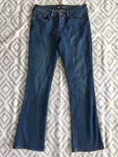 Levi's Women's Demi Curve Classic Rise Medium Wash Bootcut Jeans Size 10 y18