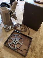 Revere Camera Company- Model P-90 projector 900 W/105-120 V A.C.-D.C