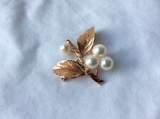 Beautiful 14K Yellow Gold Branch Design Pin Brooch with Three Pearls