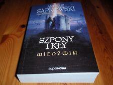 *New Polish Book* Andrzej Sapkowski przedstawia: Wiedźmin - Szpony i kły