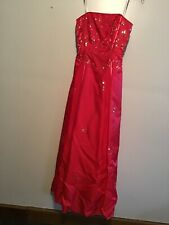 Juniors Misses Size 3-4 ** MORGAN AND CO. **  Red Formal Dress