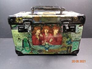 Small Chest case Box Scraps decoupage Nice little thing Shabby Chic Rustic
