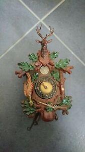 Schwarzwaldhaus-Uhr Jagdmotiv ohne Schlüssel an Bastler