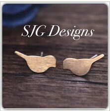Jewellery -Tiny Cute Brushed Metal Love Bird GOLD Earrings -new- Free Postage