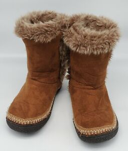ISOTONER Sz 8.5 to 9, Mid-Calf Boots / Slippers, Indoor Outdoor, Suede Faux Fur