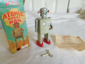 ATOMIC ROBOT MAN Grey with wind up key and box 1997 Schylling walks work vtg COA