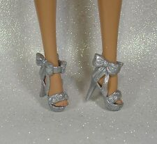 BARBIE BASIC CHAUSSURES SHOES SILVER ARGENT