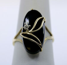 Vintage 10K Yellow Gold Onyx and Diamond Ring