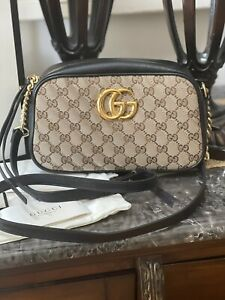 Gucci GG Marmont Small Shoulder Bag - New